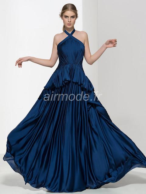 """<a href=""""http://www.airmode.fr/product/130576394.html""""><img alt=""""longue soirée d'hiver de volants, simple et décontractée sweep / naturelles brosse robe bleu"""" src=""""http://www.airmode.fr/product/130576394.html"""" title=""""longue soirée d'hiver de volants, simple et décontractée sweep / naturelles brosse robe bleu """" /></a>"""