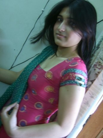 Desi teen cleavage pics and galleries