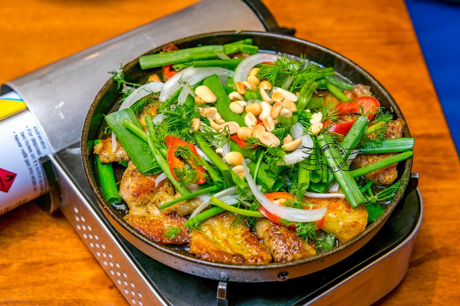 Ăn Viet Vietnamese Food at Gurney Plaza