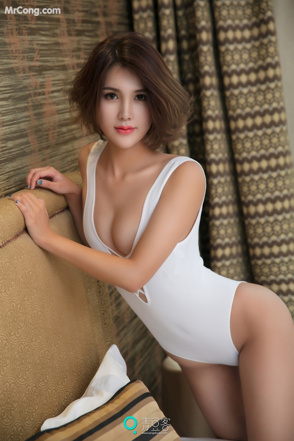Image QingDouKe-2017-10-10-Yi-Nuo-MrCong.com-005 in post QingDouKe 2017-10-10: Người mẫu Yi Nuo (依诺) (54 ảnh)