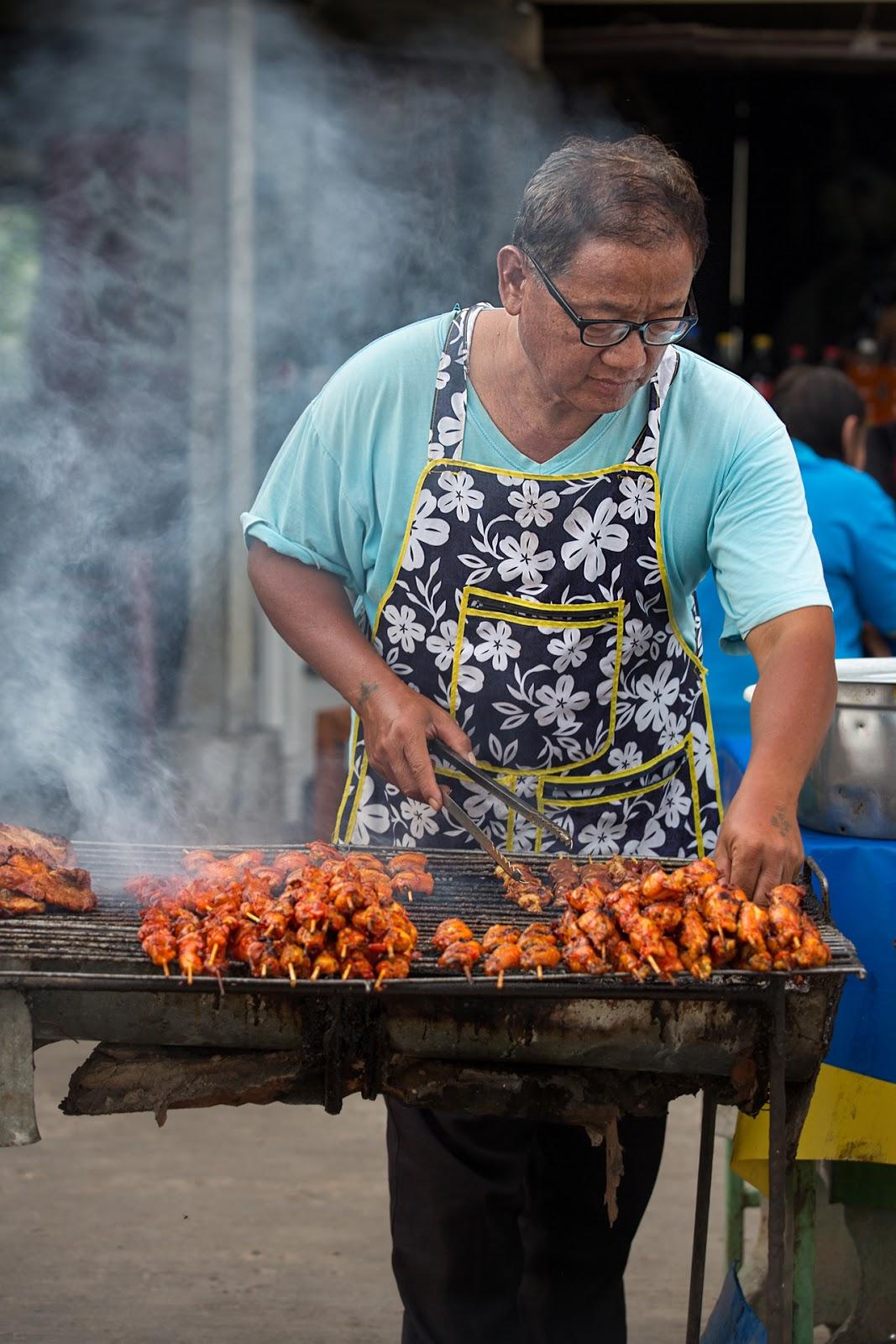 grill,stoisko,męzczyzna,Tajlandia