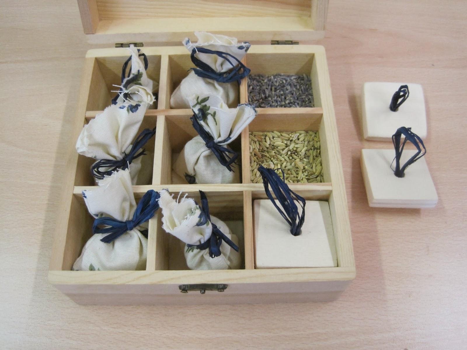 La scatola delle spezie - Immagine di semi di finocchio