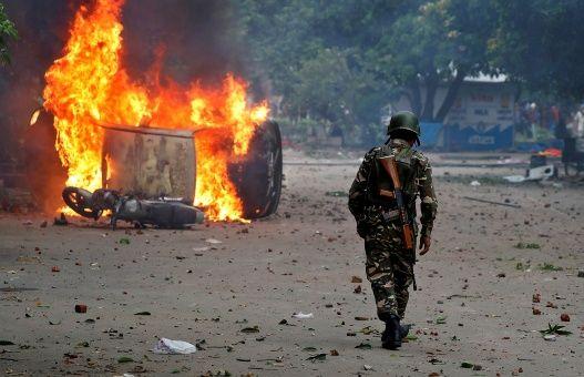 14 personas mueren en protestas contra condena de gurú indio