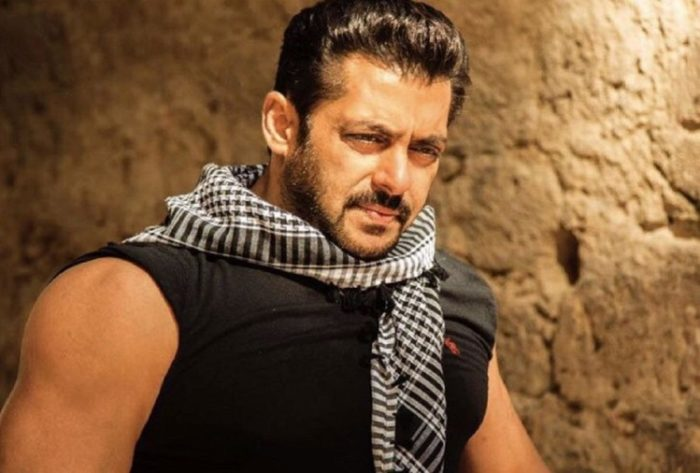 Salman Khan tops Forbes' richest Indian celebrity, Shah Rukh drops out of top 10!