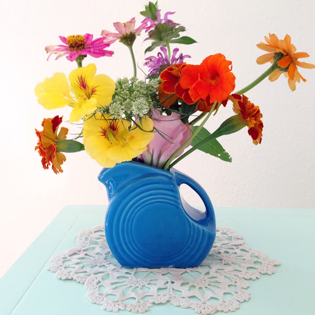 summer flowers, garden flowers, garden bouquet, Fiestaware, Anne Butera, My Giant Strawberry