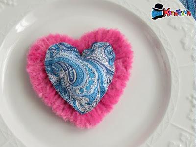 cuore decorativo con stoffa per San Valentino