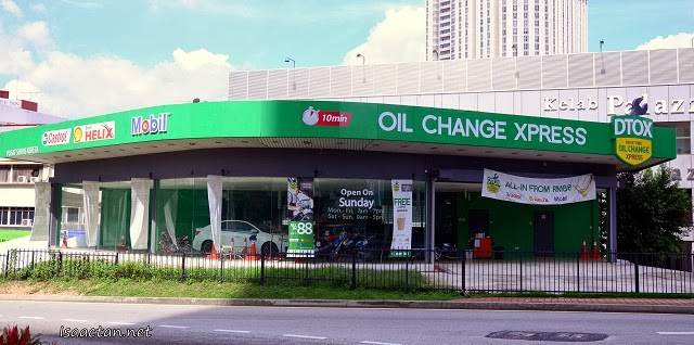 DTOX - Malaysia's First Drive Thru Oil Change Xpress