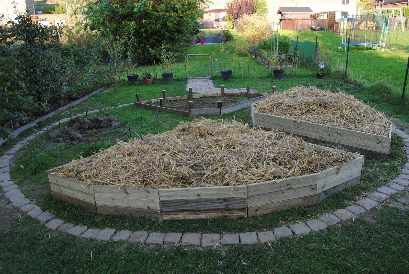 c 39 est le moment notre vie change permaculture notre jardin mandala 1 introduction. Black Bedroom Furniture Sets. Home Design Ideas
