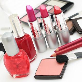 woman makeup tool