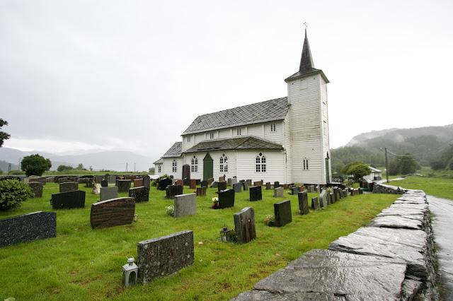 Chiesa tra Bergen e Norheimsund