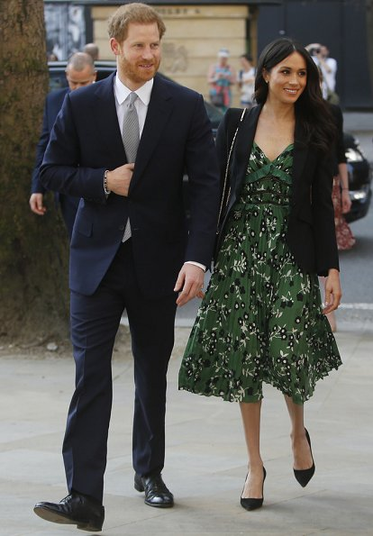 Meghan Markle wore Self-Portrait Cold shoulder floral printed dress and Alexander McQueen blazer. Prime Minister Malcolm Turnbull and Lucy