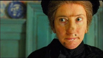 Emma Thompson dans Nanny McPhee, de Kirk Jones (2005)