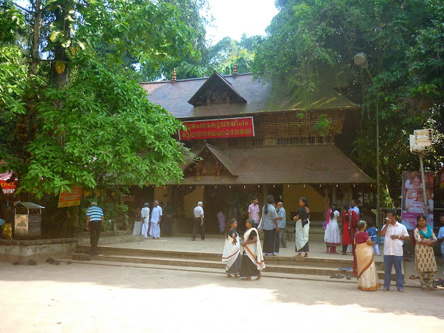 Snake Temple Mannarasala Kerala History in Hindi
