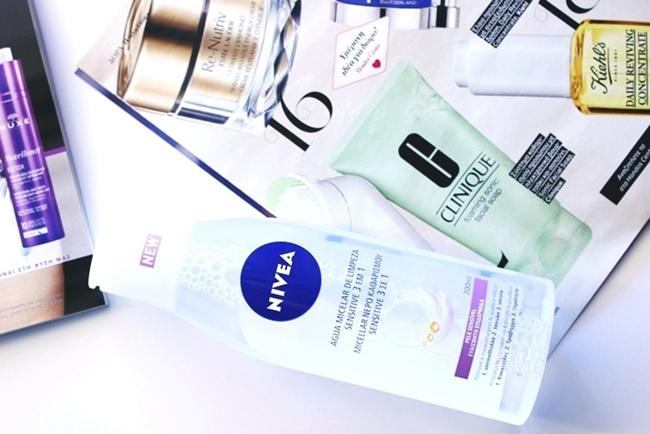 NIVEA Sensitive 3-in-1 micellar cleansing water for sensitive skin.Nivea micelarna voda za ciscenje lica za osetljivu kozu.