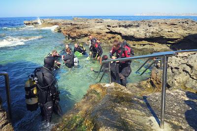 Practica buceo en Malta