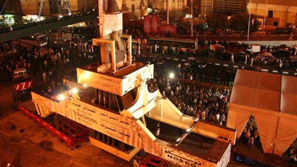 نقل تمثال رمسيس الثانى إلى المحف المصرى