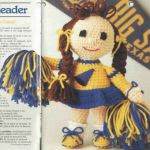 patron gratis muñeca animadora amigurumi   free pattern amigurumi cheerleader doll