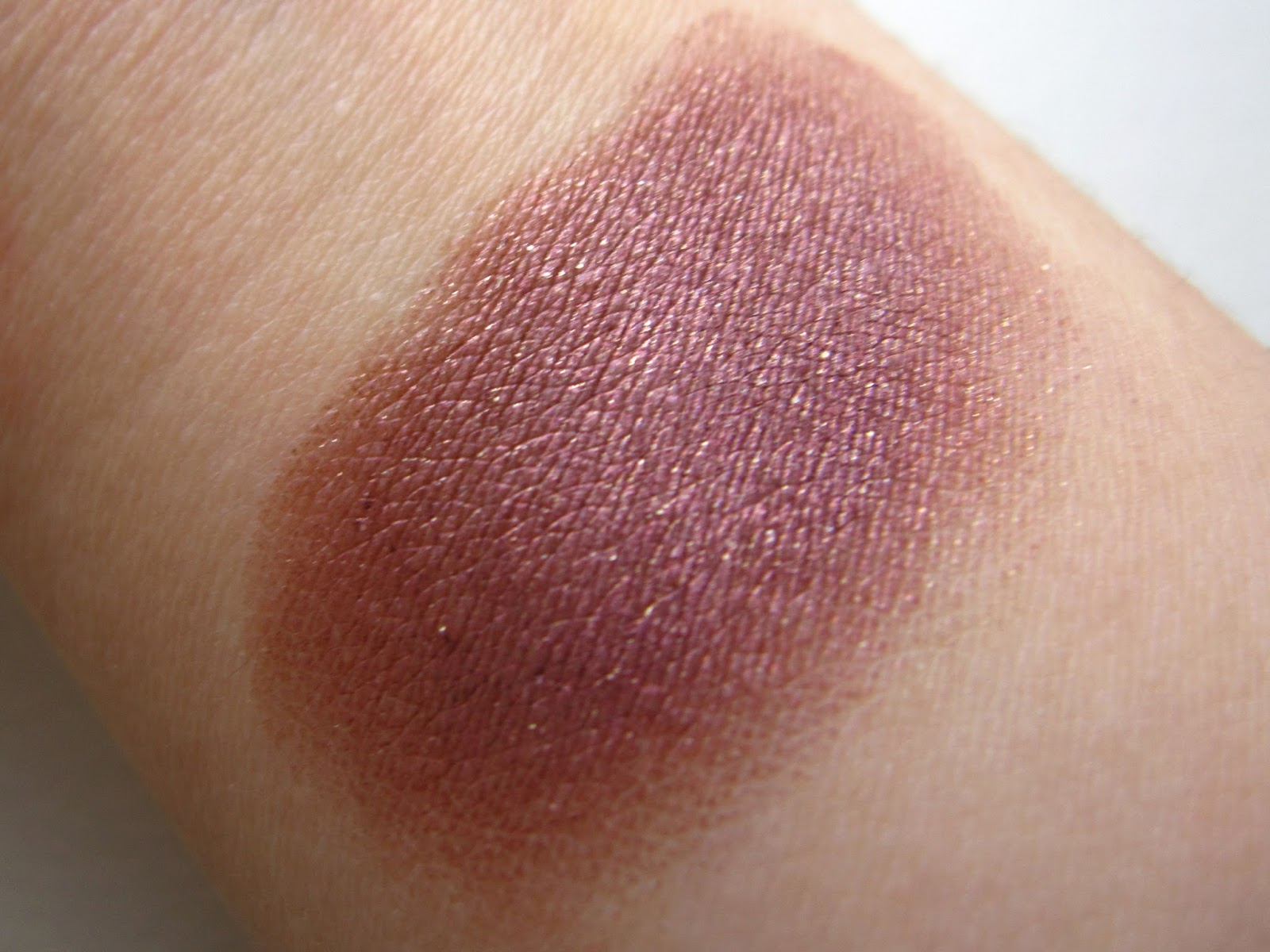 Maybelline Color Tattoo 24hr Eyeshadow: Pomegranate Punk review swatch eyeshadow