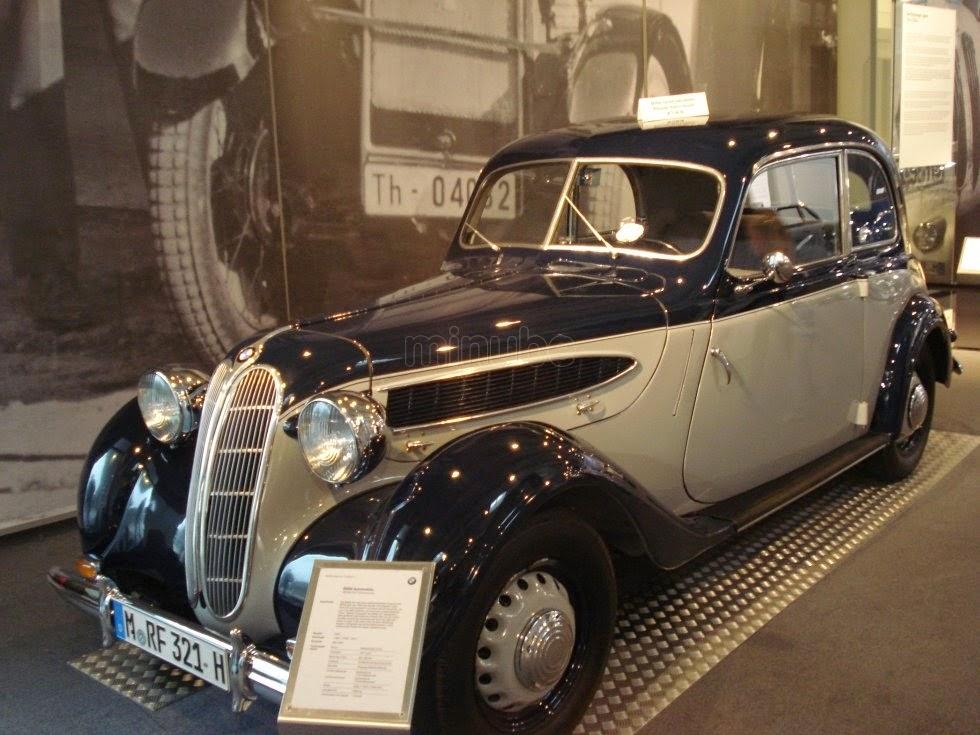 BMW-Museu-Munique-Alemanha