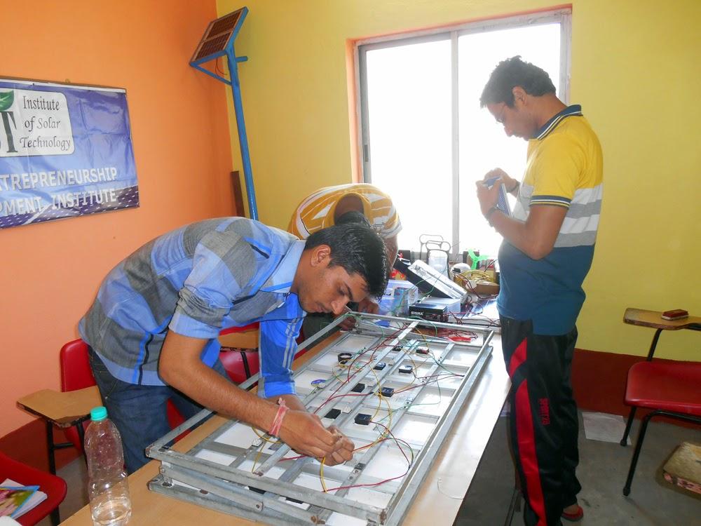 Solar Technician Training At Mumbai Solar Energy