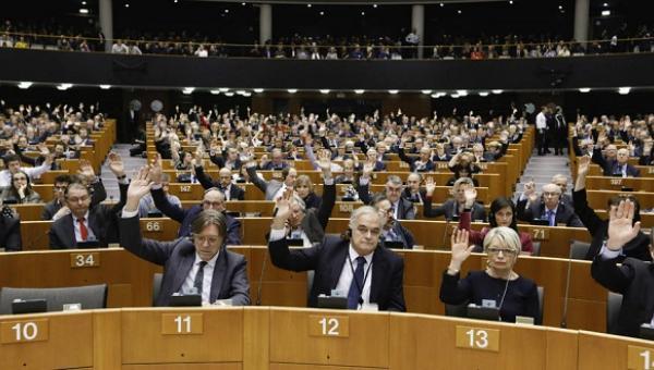 Eurodiputados advierten de que no reconocerán la Constituyente en Venezuela