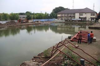 proyek gedung setda tergenang air