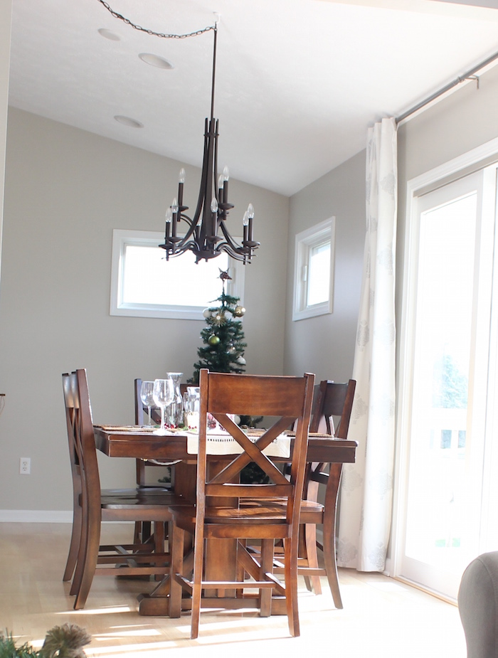 You See, Before We Had To Swag The Light Fixture Over The Table And It  Drove Me Nuts. It Was A Total Eye Sore And It Irked Me That The Light  Wasnu0027t ...