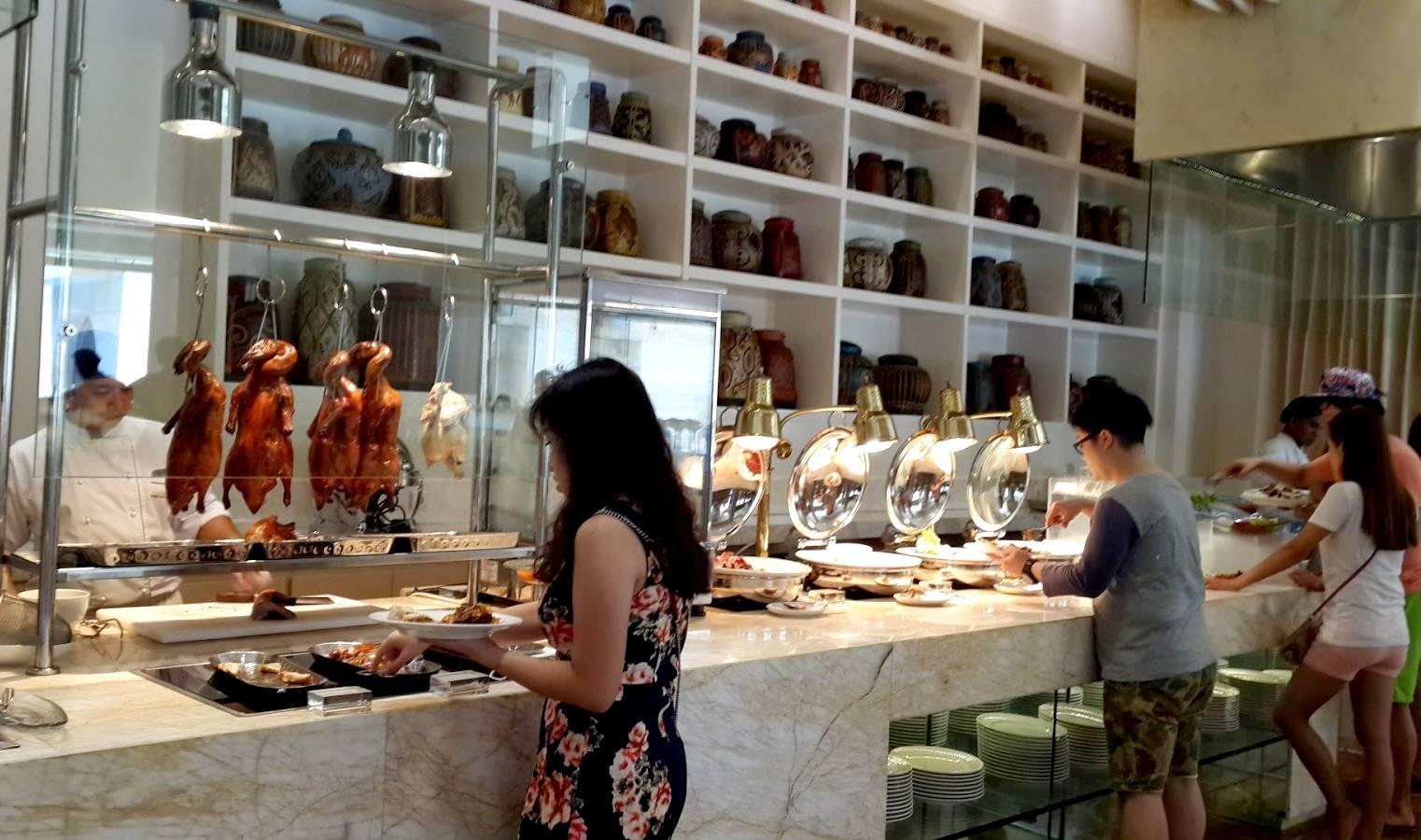 Etika Makan di Hotel (makantravel.com)