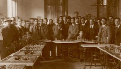 Simultáneas de ajedrez de Ángel Ribera, Barcelona, 21 de noviembre de 1943