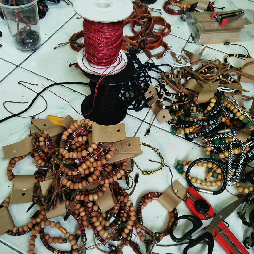 Handmade Gelang Manik Corak Kayu Pagar Daftar Harga Penjualan Grosir Aksesoris Murah