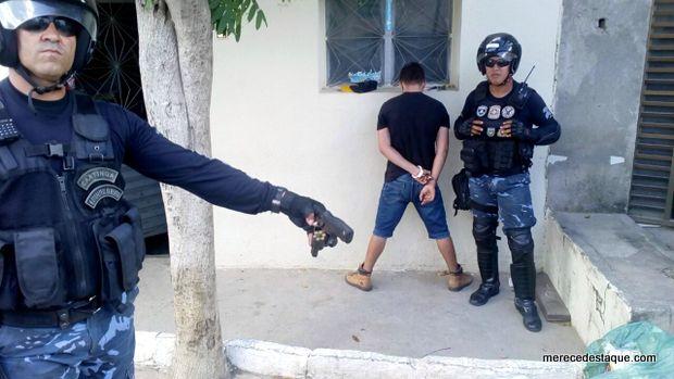 Elemento é detido pela Guarda Municipal com arma de fogo em Santa Cruz do Capibaribe