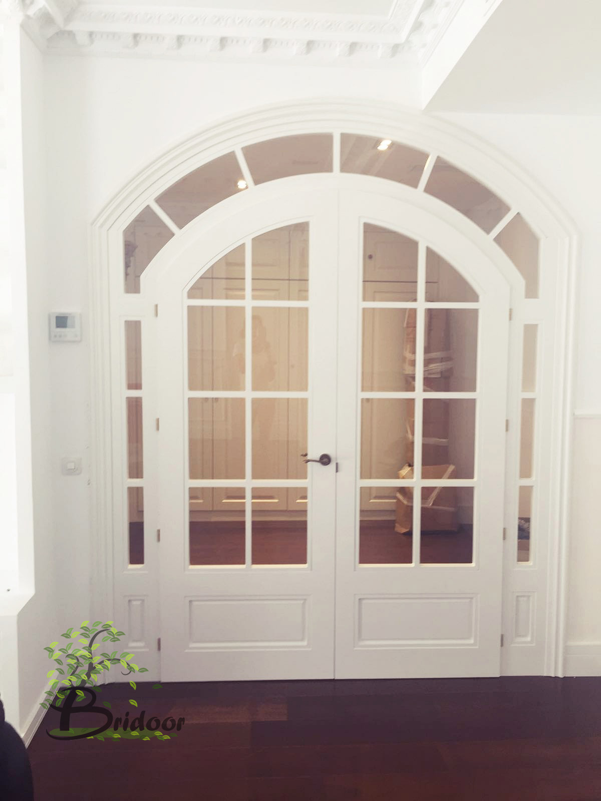 Bridoor s l puertas lacadas a medida y dise o especial en - Arcos decorativos para puertas ...