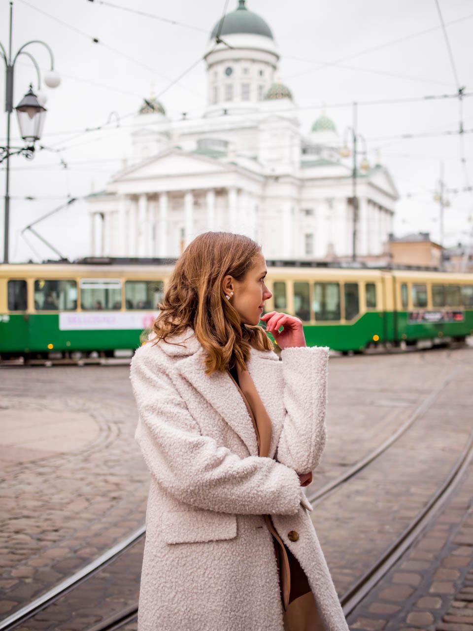 Winter street style, Helsinki Cathedral, Finland - Talvimuoti, Helsingin Tuomiokirkko