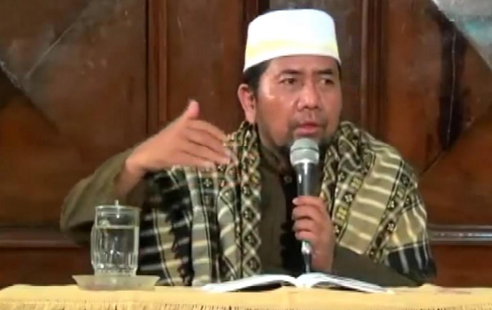 KH Abdurrahman Navis, Lc, MHI (Youtube)