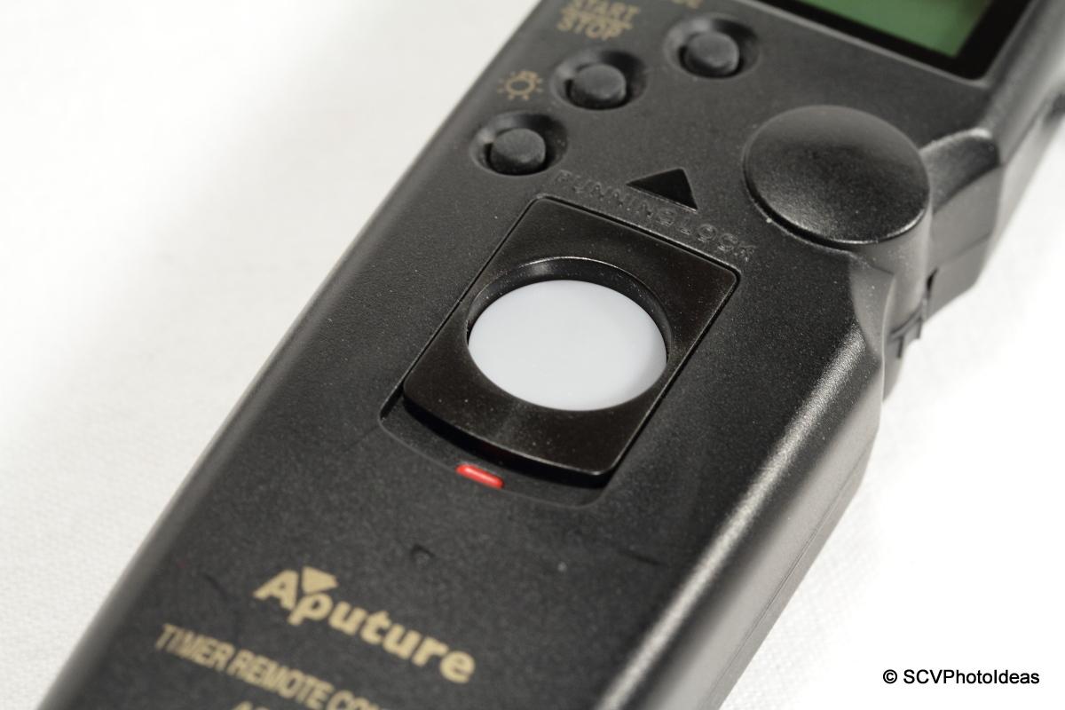 Aputure AP-TR3C release button detail