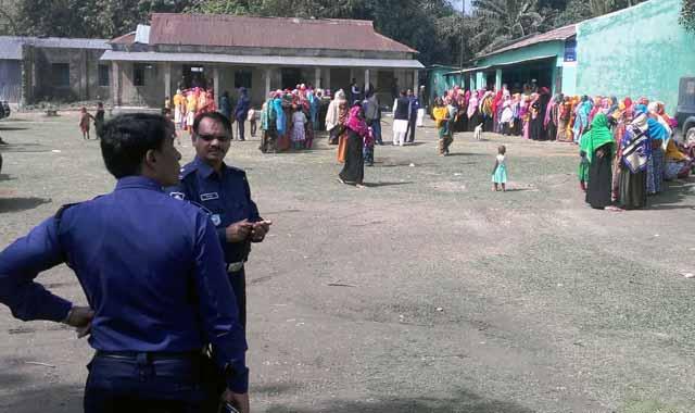 শান্তিপূর্ণ ভোট গ্রহন চলছে বকশীগঞ্জ পৌর নির্বাচনের স্থগিত কেন্দ্রে