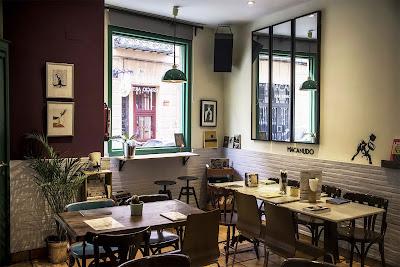 Macanudo Bar Espacio Arte, eventos literarios, calle Limón, Madrid, Marian Ruiz