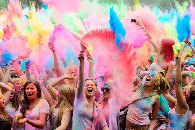 100 Colorful Happy Holi SMS Wishes in English