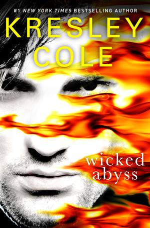 Adoramos romances e bookare kresley cole immortals after dark kresley cole immortals after dark 18 abismo perverso fandeluxe Gallery