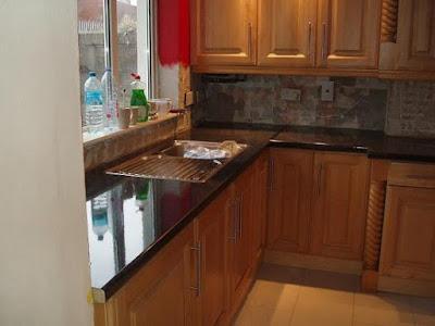 Tips Mencegah Serangan Rayap Pada Interior Kitchen Set