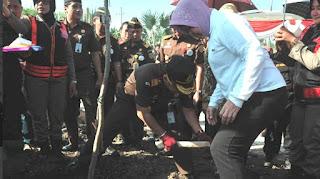 Risma Siapkan Bangun Kebun Raya Untuk Warga Surabaya