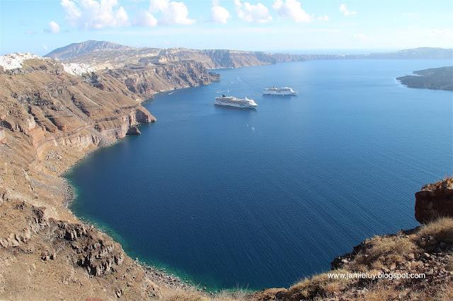 Sightseeing Santorini Caldera
