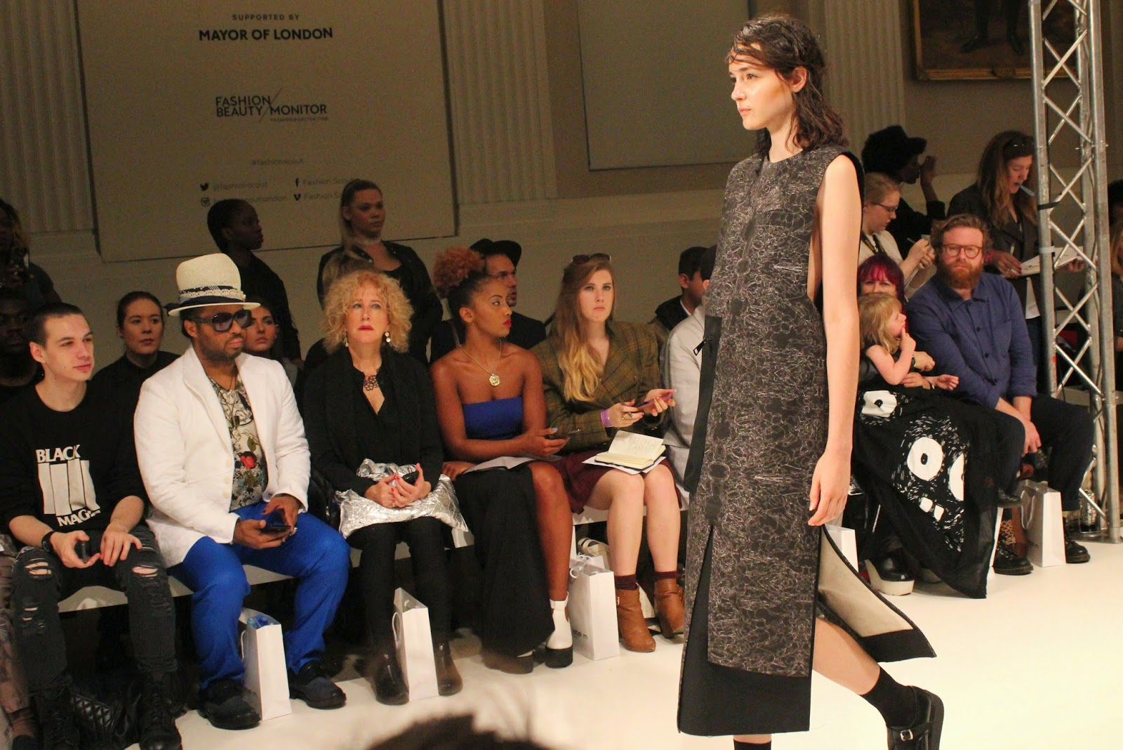london-fashion-week-2014-lfw-spring-summer-2015-blogger-fashion-Dioralop-catwalk-models-freemasons hall-fashion-scout-dress-shoes