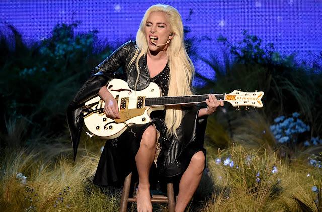 Lady Gaga - American Music Awards 2016