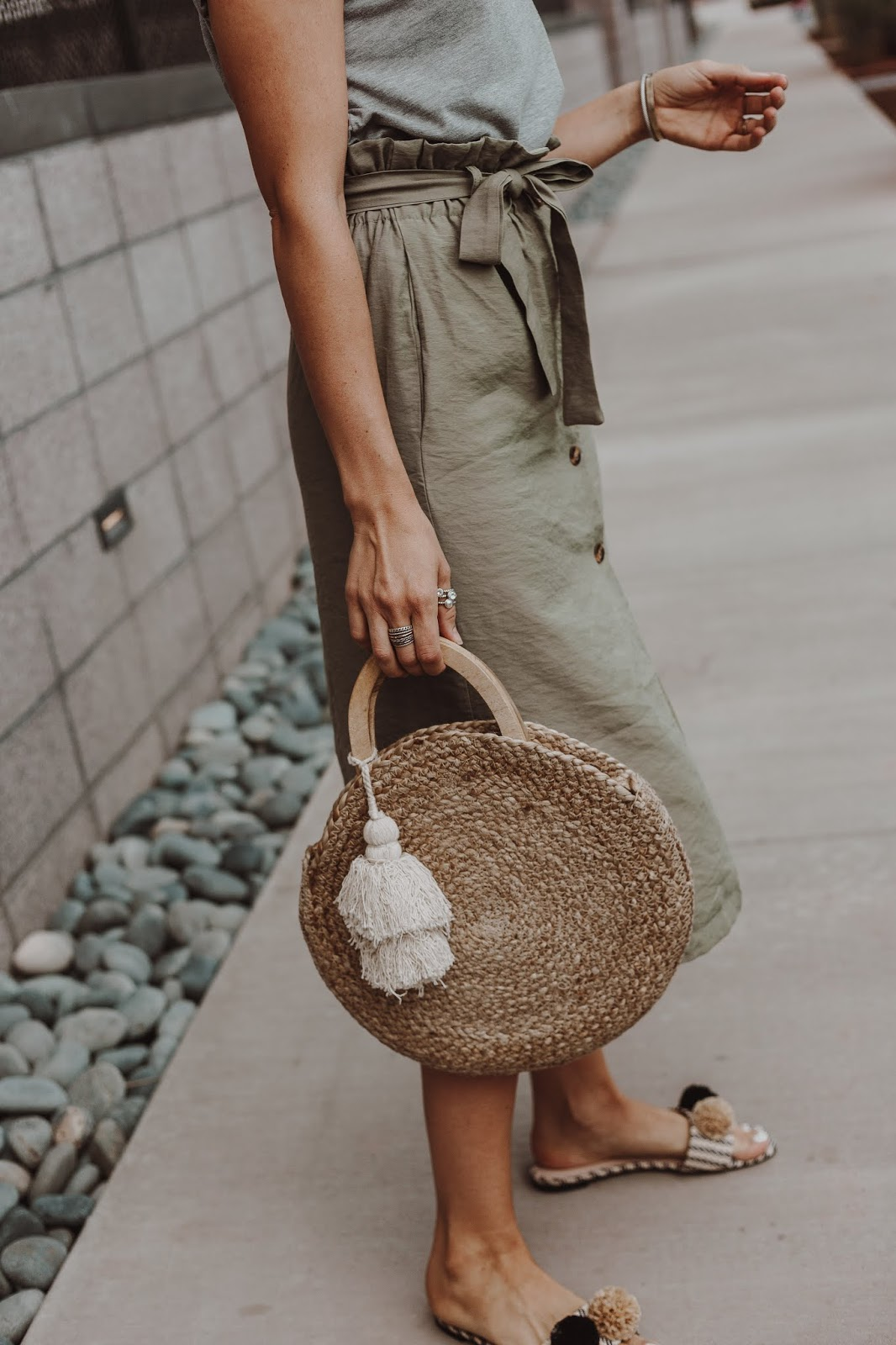 straw bag with tassel