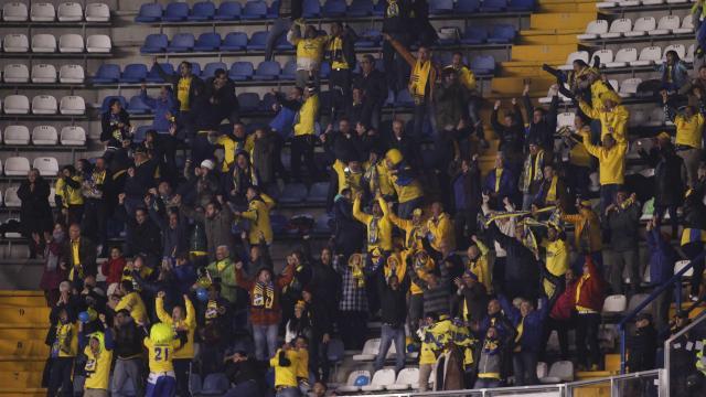 Aficionados de UD Las Palmas en Riazor
