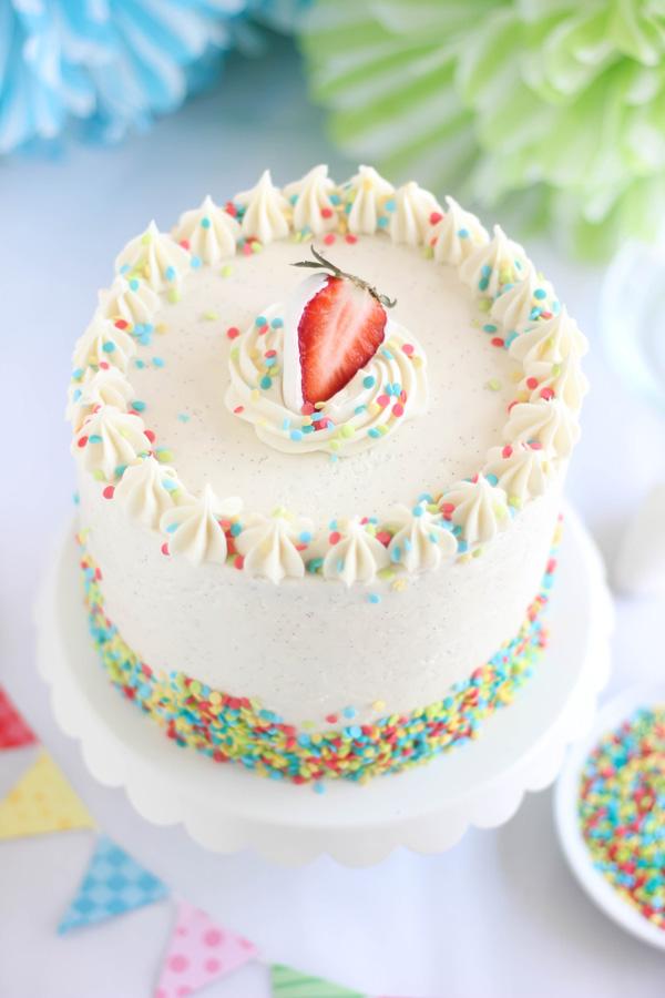Strawberry Confetti Cake And Vanilla From Tahiti Giveaway
