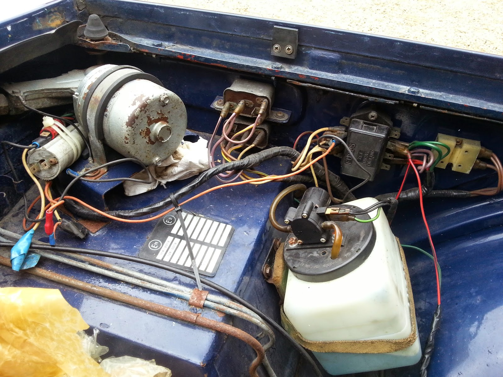 Triumph Tr6 Fuse Box Location Another Blog About Wiring Diagram 1971 For Tr250 Tr3b