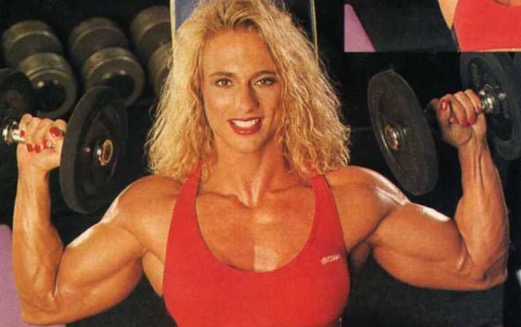 Selepas 20 Tahun Guna Steroid, Wajah Wanita Ini Sangat Mengerikan