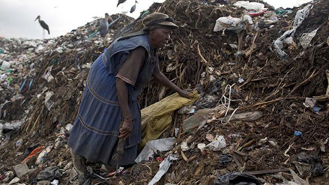 Kenia ilegaliza las bolsas de plástico y castiga su uso con hasta cuatro años de prisión